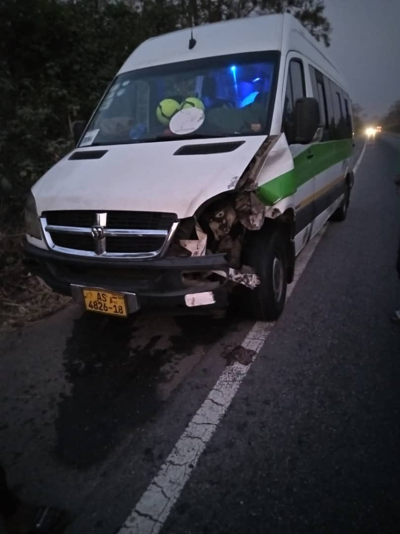 Women's League team involved in accident [Photos] 2