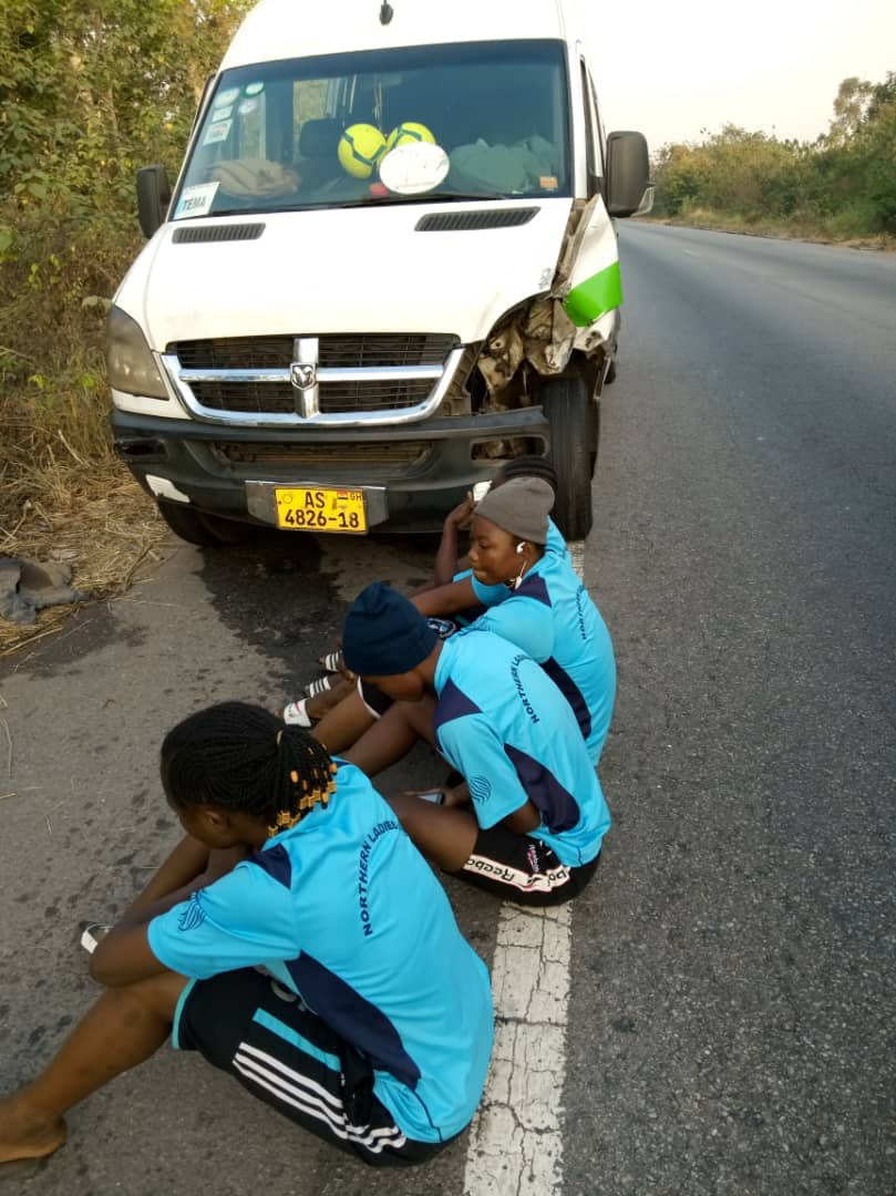 Women's League team involved in accident [Photos] 1